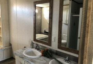 Fleetwood Americana 2856 - AE28563R - Bathroom 2